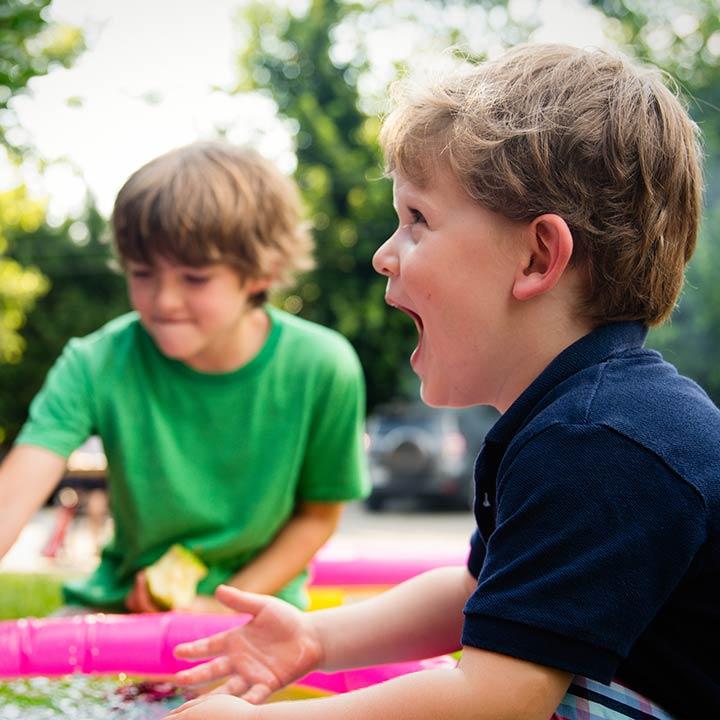 Kindergarten Kinder spielen